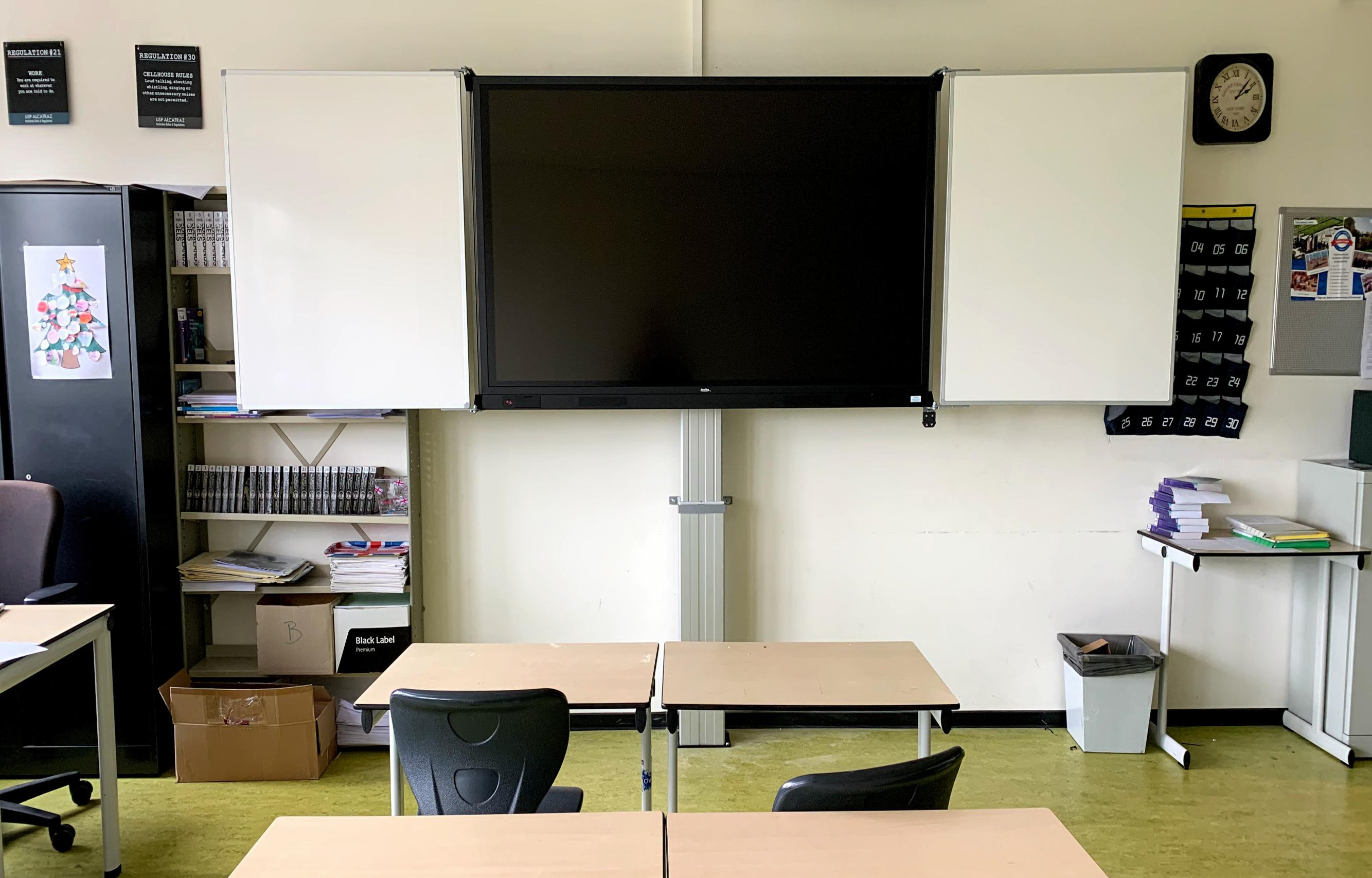 75 inch digibord touchscreen met hoogteverstelling onderwijs - Digibord